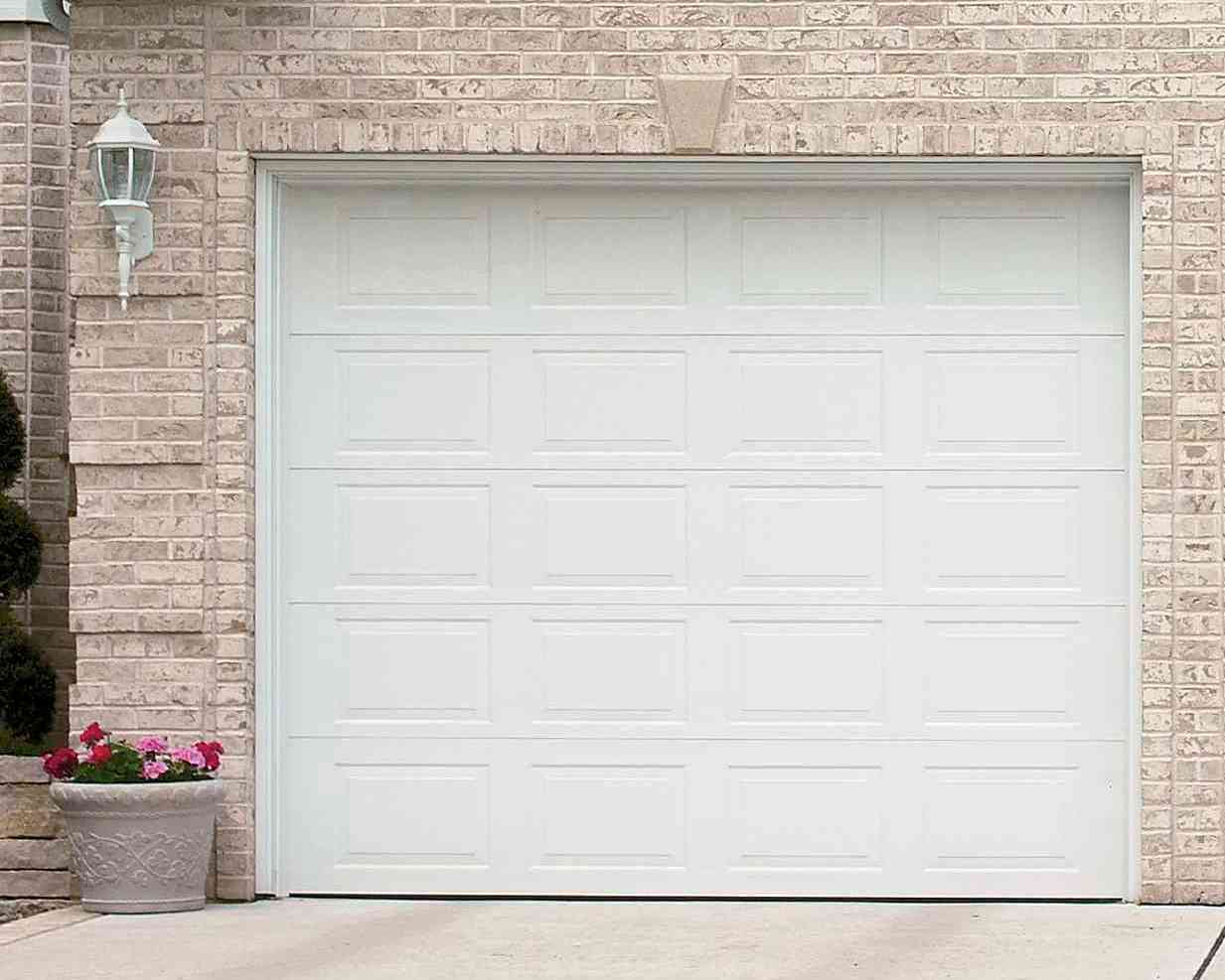 Garage door frames minnesota bayer built woodworks for Garage doors
