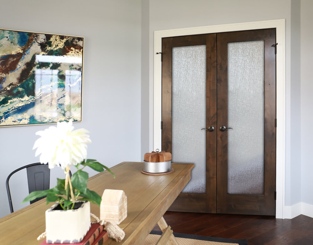 <a href='/doors/interior-doors/french-doors/fakra'> FAKRA</a> Knotty Alder Rain Door  |  <a href='/interior-products/moulding/casing/176a'> 176A</a> Primed Casing  |  <a href='/interior-products/moulding/base/239a'> 239A</a> Primed Base