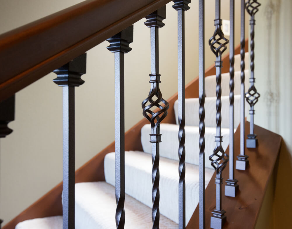 <a href=' '> 5516</a> Forged Iron Baluster  |  <a href='/interior-products/stair-systems/post-to-post/5511'> 5511</a> Forged Iron Baluster  |  <a href='/interior-products/stair-systems/post-to-post/6210'> 6210</a> Poplar Rail